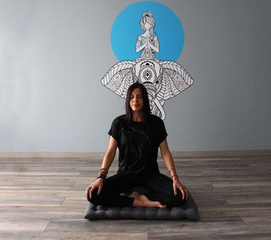 lorea sala ioga